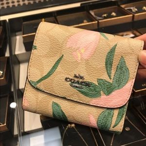 Coach Camo Rose Wallet